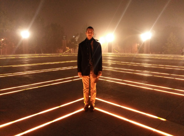 2016-10-19-21-36-theordinarylifeofm-the_ordinary_life_of_m-marta_moslw-travel-asia-china-beijing-tsinghua_university-lighting-night-neon