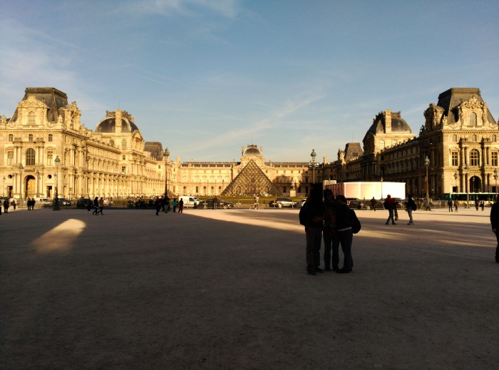 2015.04.13-19.20-theordinarylifeofm_the-ordinary-life-of-m_marta-moslw_travel_france_paris_louvre-museum_spring